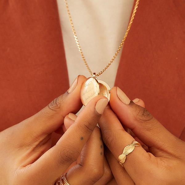 Ein Stück Erinnerung – die Medaillon Halskette