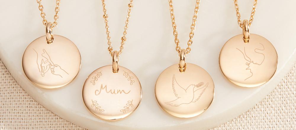 NEU | Die Halskette mit Illustration – Merci Maman Blog