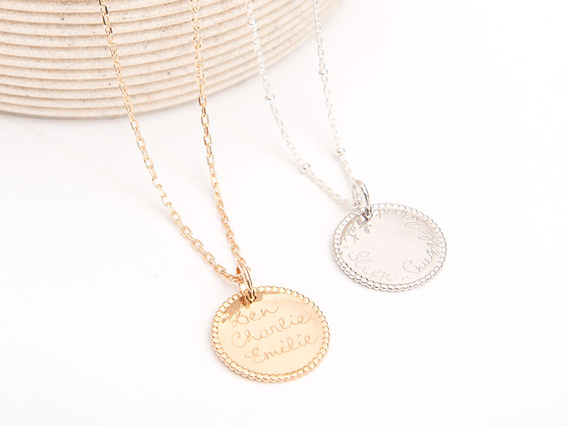 merci-maman-her-mum-sterling-silver-gold-plated-personalised-beaded-disc-necklace-lifestyle-september-2018