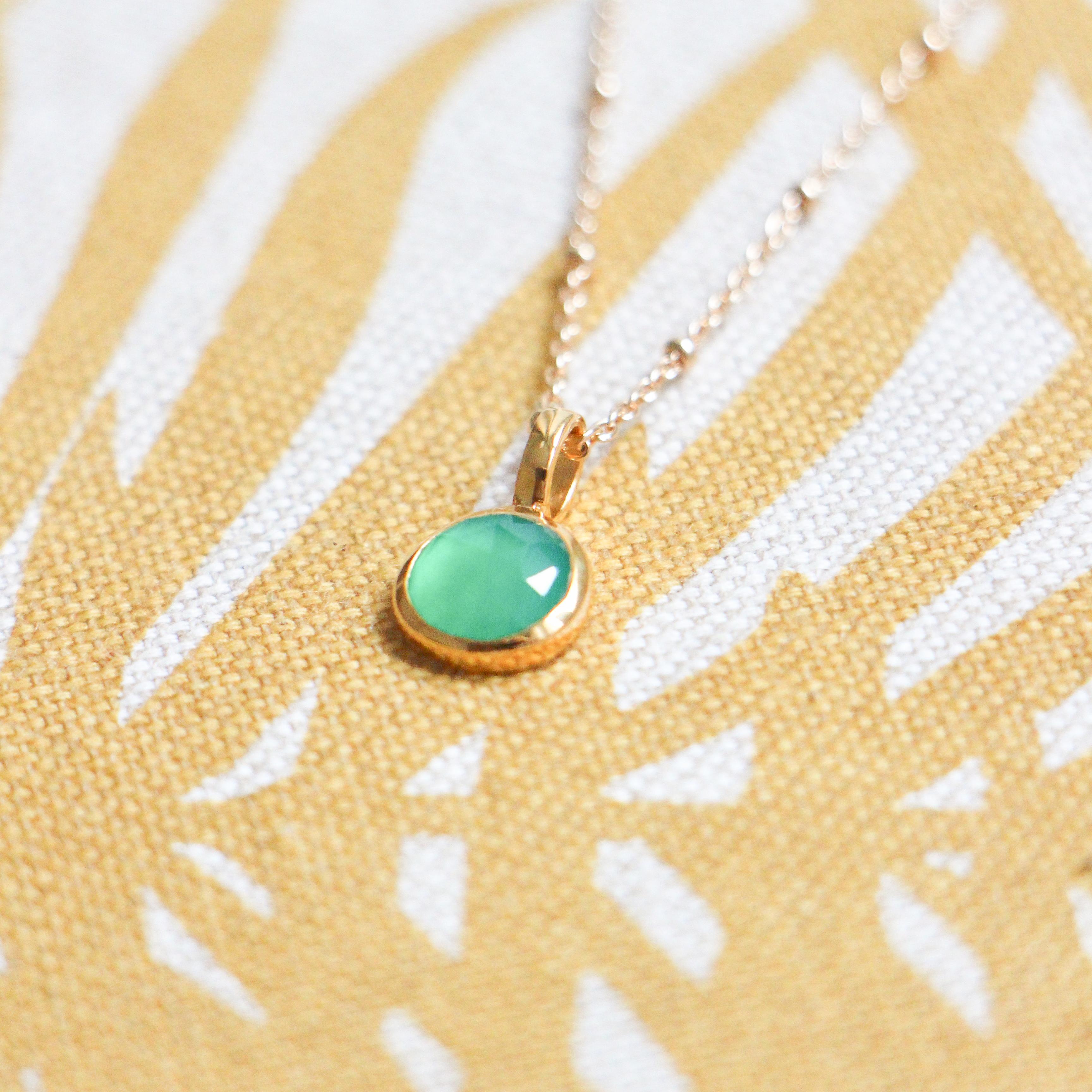 Collier pierres de naissance personnalisé