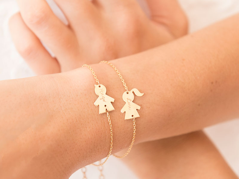 merci-maman-women-gold-plated-personalised-people-chain-bracelet-mother's-day-2018