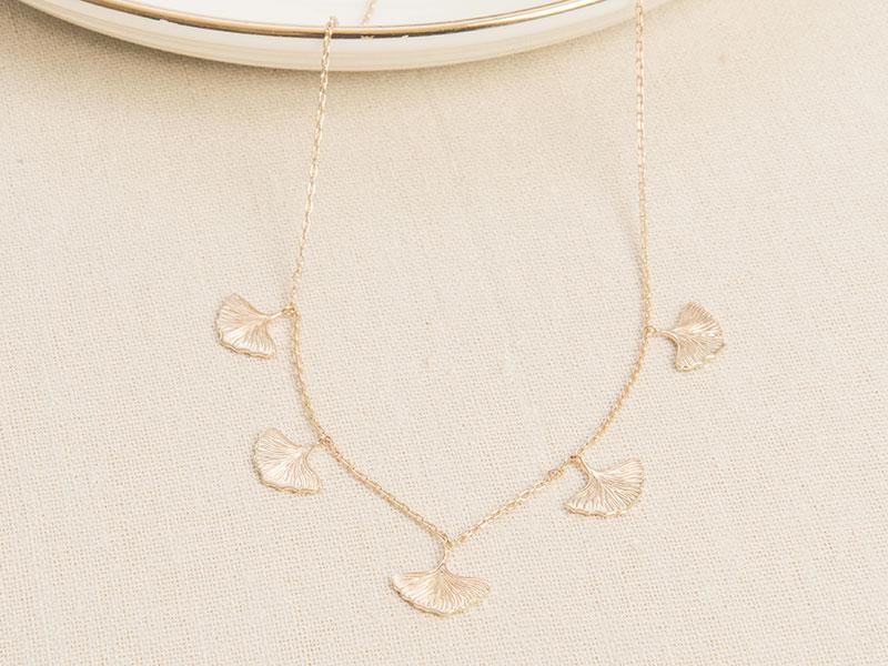 merci-maman-ginkgo-layering-necklace