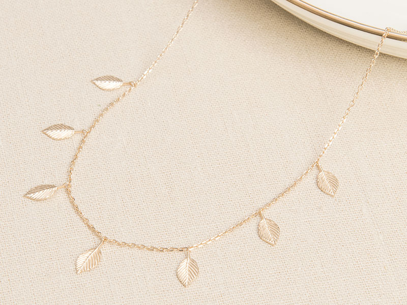 merci-maman-leaf-layering-necklace
