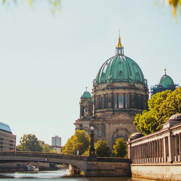 Destination Summer: A Day In Berlin & Düsseldorf