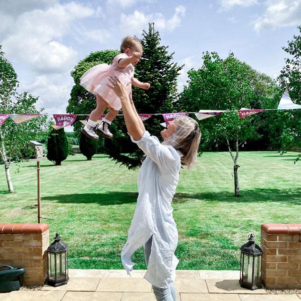 7 Ways To Celebrate Your Baby's 1st Birthday